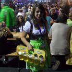 poze-oktoberfest-festival-bere-brasov-8-septembrie-2011-mare-sarbatoare (7)
