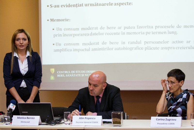 Monica Bercea, doctorand, Alin Popescu - Secretar General CSBSN, Corina Zugravu Presedinte CSBSN